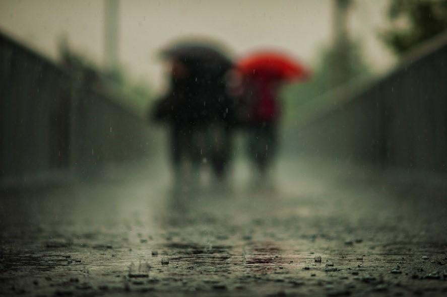 雨が降ると体調が悪くなる人は・・・