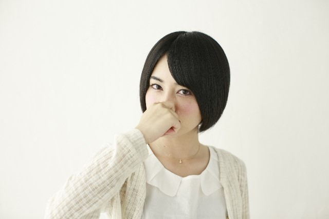角栓の抜き過ぎは良くない?鼻の黒ずみの原因とその解消方法!1