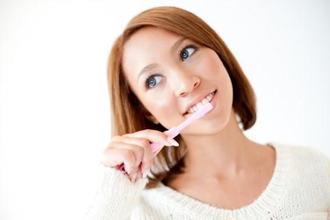 あれもしかして?が起こったら。ひょっとしてそれ歯周病のサインかも?
