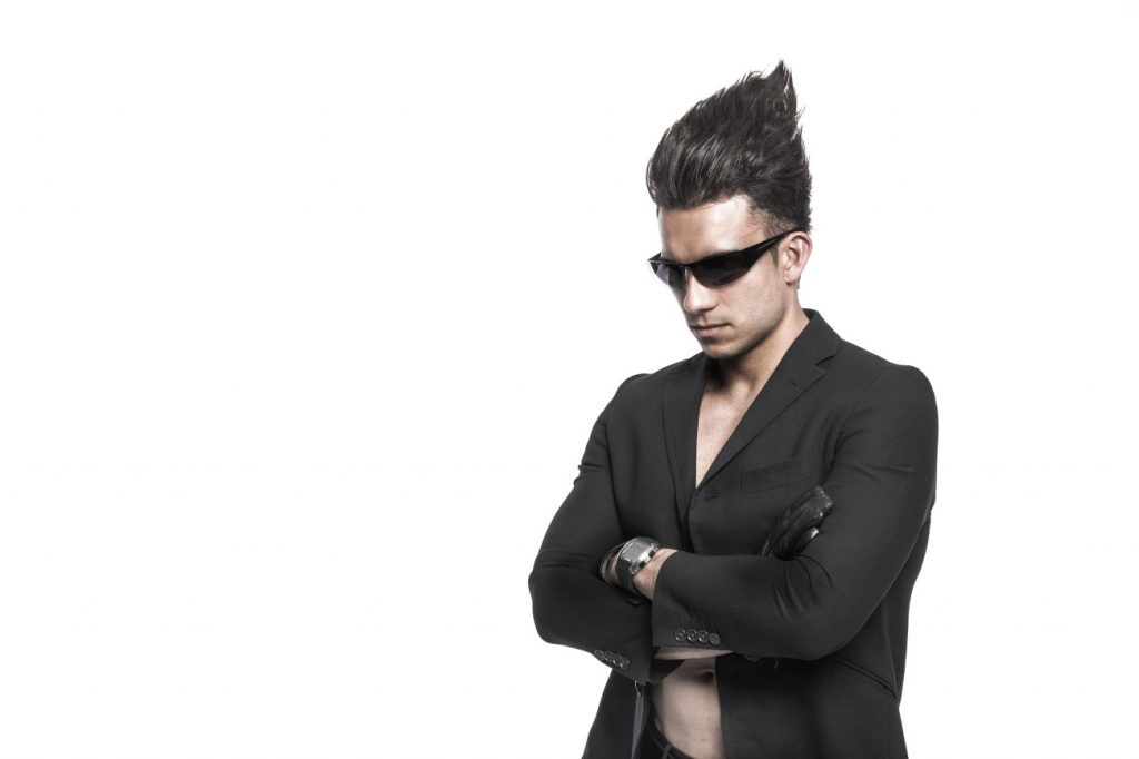 紫外線からきちんと目を守ろう!正しいサングラスの選び方とは?